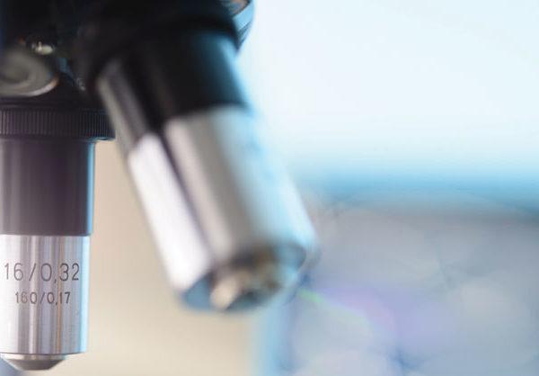 microscopio ricerca scientifica